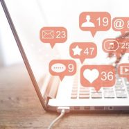 How to Become a Social Media Manager (Complete Guide for Beginners)